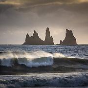 Waves and rocks in Vik