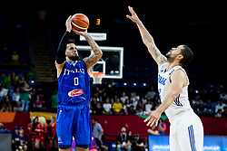 Daniel Hackett of Italy vs Gerald Lee of Finland during basketball match between National Teams of Finland and Italy at Day 10 in Round of 16 of the FIBA EuroBasket 2017 at Sinan Erdem Dome in Istanbul, Turkey on September 9, 2017. Photo by Vid Ponikvar / Sportida