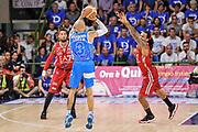 DESCRIZIONE : Campionato 2014/15 Dinamo Banco di Sardegna Sassari - Olimpia EA7 Emporio Armani Milano Playoff Semifinale Gara3<br /> GIOCATORE : David Logan<br /> CATEGORIA : Tiro Tre Punti Three Point Controcampo<br /> SQUADRA : Dinamo Banco di Sardegna Sassari<br /> EVENTO : LegaBasket Serie A Beko 2014/2015 Playoff Semifinale Gara3<br /> GARA : Dinamo Banco di Sardegna Sassari - Olimpia EA7 Emporio Armani Milano Gara4<br /> DATA : 02/06/2015<br /> SPORT : Pallacanestro <br /> AUTORE : Agenzia Ciamillo-Castoria/L.Canu