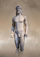 Marble Anxcient Greek Archaic meble statue of a kouros, circa 500 BC, Athens National Archaeological Museum. .<br /> <br /> If you prefer to buy from our ALAMY STOCK LIBRARY page at https://www.alamy.com/portfolio/paul-williams-funkystock/greco-roman-sculptures.html . Type -    Athens    - into LOWER SEARCH WITHIN GALLERY box - Refine search by adding a subject, place, background colour, etc.<br /> <br /> Visit our ROMAN WORLD PHOTO COLLECTIONS for more photos to download or buy as wall art prints https://funkystock.photoshelter.com/gallery-collection/The-Romans-Art-Artefacts-Antiquities-Historic-Sites-Pictures-Images/C0000r2uLJJo9_s0