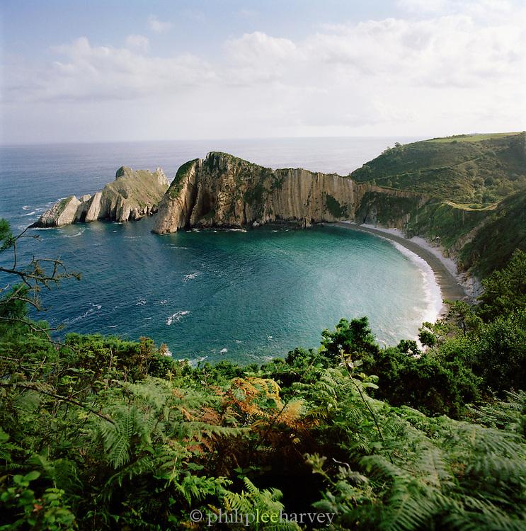 The cliffs of El Silencio-Gavieira, near Cudillero, Asturias, Spain