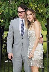 © London News Pictures. 26/06/2013. London, UK. Matthew Broderick and Sarah Jessica at  The Serpentine Gallery summer party, Kensington Gardens London UK, 26 June 2013, Photo credit: Richard Goldschmidt/LNP