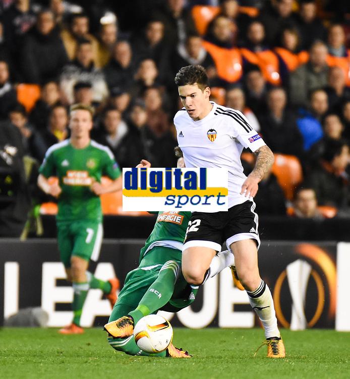 Valencia's  Santi Mina   during Uefa Europa League match. February 18, 2016. (ALTERPHOTOS/Javier Comos)