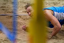 04-01-2020 NED: NK Beach volleyball Indoor, Aalsmeer<br /> Sven Vismans #1