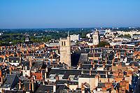 France, Region Centre-Val de Loire, Loiret (45), Orléans, la ville, le Beffroi et la tour St Paul // France, Loiret, Orleans, cityscape, the Beffroi and the St Paul tower