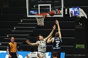 Basketball: Deutschland, 1. Bundesliga, Hamburg Towers -  Alba Berlin, Hamburg, 23.03.2021<br /> Niels Giffey (Alba, r.)<br /> © Torsten Helmke