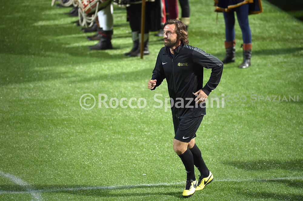 Pirlo.the night of the kings of the Foro Italico Tennis Stadium<br /> the night of Totti, the Night of the Kings. At 21 today on the field of the Foro Italico Tennis Stadium the number 10 Giallorossi will find many teammates and opponents of the past. He will do it for charity, in the 6 against 6 match organized by the International Football Development Association, an organization that aims to re-professionalize former footballers. A team of friends of Totti, mainly former comrades from Rome and the National team, will face that of Luis Figo, composed of his former colleagues from Inter, Real Madrid and the Portuguese national. The event is organized in collaboration with Area 62 and GroupM ESP.<br /> This is the composition of the two teams of former players:<br /> <br /> Team Totti: Peruzzi, De Sanctis, Aldair, Candela, Cassetti, Chivu, Zambrotta, Aquilani, Boban, Perrotta, Pirlo, Pizarro, Tommasi, Borriello, Cassano, Toni.<br /> <br /> Team Figo: Vitor Baia, Julio Cesar, Roberto Carlos, Hierro, Materazzi, Salgado, Cambiasso, Malouda, Mendieta, Pires, Seedorf, Stankovic, Kluivert, Nuno Gomes.