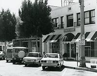 1977 Vanity Fair & other shops on Larchmont Blvd