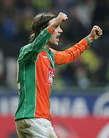 Fotball<br /> Bundesliga 2005/2006<br /> Foto: Witters/Digitalsport<br /> NORWAY ONLY<br /> <br /> Jubel Torsten Frings Bremen<br /> Bundesliga Borussia Dortmund - SV Werder Bremen 0:1
