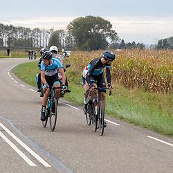 Philippine (NED) CYCLING OCTBER 17<br /> Omloop van de Braakman<br /> Jarno Mobach, Roel van Sintmaartensdijlk bleven over en streden voor de winst