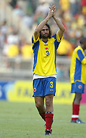 FOTBALL - CONFEDERATIONS CUP 2003 - 1/2 FINAL - KAMERUN v COLOMBIA - 030626 - DISAPPPOINTMENT MARIO YEPES (COL) - PHOTO JEAN-MARIE HERVIO / DIGITALSPORT