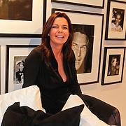 NLD/Amsterdam/20101116 - Boekpresentatie Erik Kusters, Corine Hooijdonk - Wielaard