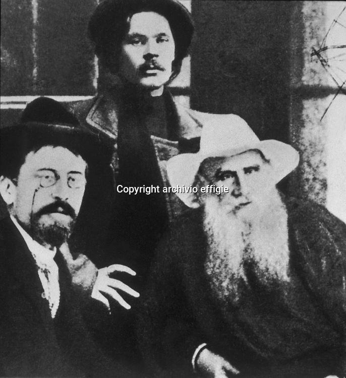 Anton Cechov, Maksim Gor'kij e Lev Nikolaevic Tolstoj<br />archivio effigie