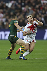 November 13, 2016 - London, England, United Kingdom - Gerorge Williams of England attempts to avoid the incoming tackle from Cooper Cronk of Australia during the Four Nations between England against ..Australia at The London Stadium, Queen Elizabeth II Olympic Park, London, Britain - 13 November 2016  (Credit Image: © Kieran Galvin/NurPhoto via ZUMA Press)