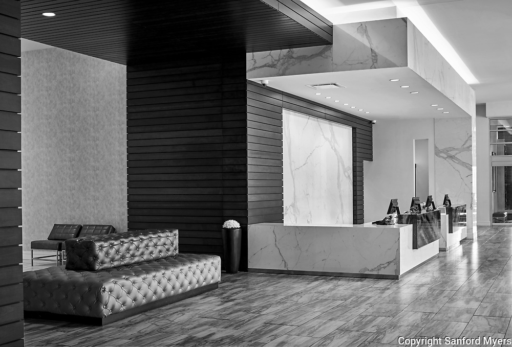 The lobby/reception area designed by Collaborative Studios of the Residence Inn by Marriott in Kansas City, MO. Photographed by architectural/interior photographer Sanford Myers.