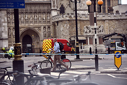 August 14, 2018 - London, London, United Kingdom - Image licensed to i-Images Picture Agency. 14/08/2018. London, United Kingdom. Car crashes into cyclists in Westminster. (Credit Image: © Erica Dezonne/i-Images via ZUMA Press)