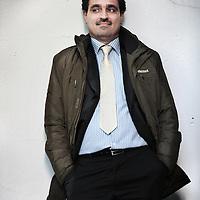 Nederland, Amsterdam , 29 september 2013.<br /> Sadek Al-Ramadan.<br /> Sadek Al-Ramadan (52) richtte op 10 december 2011 samen met mede-activisten het Adala (gerechtigheid) Center for Human Rights op, en is de huidige secretaris-generaal van de organisatie.<br /> Adala onderzoekt en rapporteert over mensenrechtenschendingen, en bracht sinds 2011 drie rapporten uit. De organisatie probeert een vergunning te krijgen van de Saudische overheid, maar dit is tot op heden niet gelukt, omdat de Saudische overheid van mening is dat Adala geen liefdadigheidsorganisatie is.<br /> Al Ramadan werkte eerder als trainer op het gebied van mensenrechten. In maart 2013 werd hem verboden het land uit te reizen, zonder opgaaf van reden.<br /> Foto:Jean-Pierre Jans