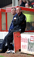 Photo: Dave Linney.<br />Walsall v Port Vale. Coca Cola League 1. 15/04/2006.<br />Port Vale Mgr Martin Foy