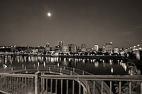 Morrison Bridge & Willamette River Waterfront (2)