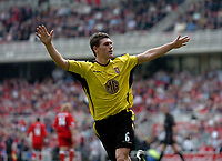 Photo. Glyn Thomas.<br /> Middlesbrough v Aston Villa. <br /> FA Barclaycard Premiership. 24/04/2004.<br /> Aston Villa's Gareth Barry celebrates scoring his side's equaliser on the stroke of half time.