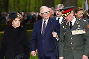 Nationale Militaire Dodenherdenking op de Grebbeberg<br /> <br /> Op de foto: rinses Margriet en  Pieter van Vollenhoven