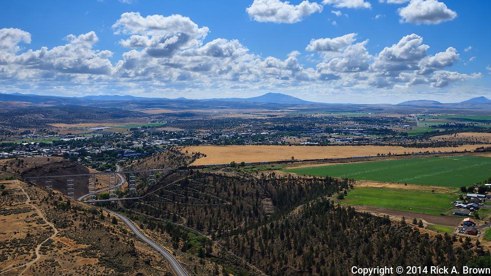 USA, Oregon, Madras, Madras as seen from a light plane.