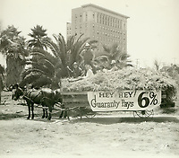1927 Guaranty Building & Loan's entry in the Old Settlers' Day Parade