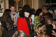 Philip Sallon, Biba after-show party organised by Quinessentially.  Royal Duchess Palace, 16 Mansfield Street, London W1. 19 September 2006.  ONE TIME USE ONLY - DO NOT ARCHIVE  © Copyright Photograph by Dafydd Jones 66 Stockwell Park Rd. London SW9 0DA Tel 020 7733 0108 www.dafjones.com