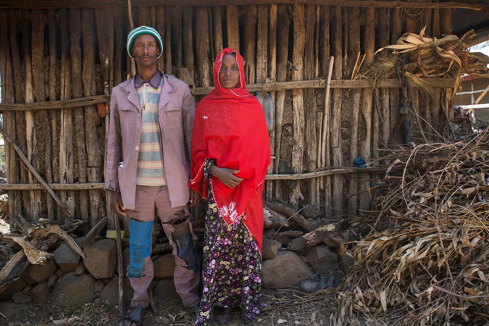 Menschen für Menschen: Sara Nuru is visiting a Model Farmer project.<br /> <br /> Wife: Zewdie Legesse (40)<br /> Husband: Kasse Tefere (52)
