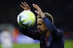 September 17, 2017 - Paris, France - Neymar Jr of PSG during the Ligue 1 match between Paris Saint Germain and Olympique Lyonnais at Parc des Princes on September 17, 2017 in Paris. (Credit Image: © Mehdi Taamallah/NurPhoto via ZUMA Press)