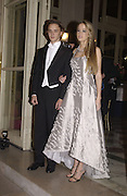 Florence Brudenell Bruce and her escort Charles de la Ferriere. . Crillon Debutantes Ball 2002. Paris. 7 December 2002. © Copyright Photograph by Dafydd Jones 66 Stockwell Park Rd. London SW9 0DA Tel 020 7733 0108 www.dafjones.com