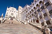 The 133 steps leading to the main entrance University Of Guanajuato in the historic center of Guanajuato City, Guanajuato, Mexico.