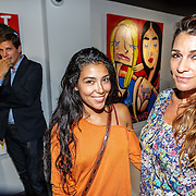 NLD/Amsterdam/20150714 - Opening tentoonstelling Selwyn Senatori, Quinty Trustfull en dochter Moise