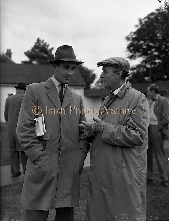 21/09/1960<br /> 09/21/1960<br /> 21 September 1960<br /> Goffs Bloodstock Sales at Ballsbridge, Dublin. Among the buyers at the sales were Mr. Alan Lillingston,  Mount Coote Stud, Kilmallock, Co. Limerick and Mr. Rex King, Croom, Co. Limerick.