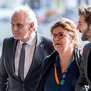 NLD/Amsterdam/20171014 - Besloten erdenkingsdienst overleden burgemeester Eberhard van der Laan, Pieter Broertjes en partner Phil