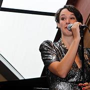 NLD/Amsterdam/20100927 - CD presentatie Anne van Veen,