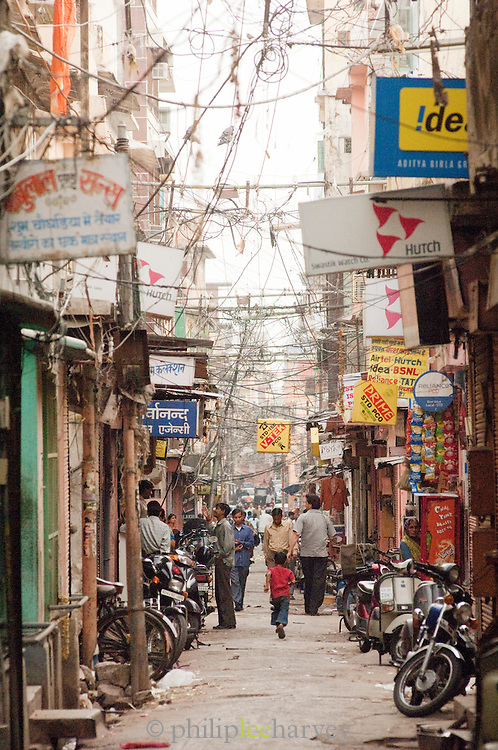 Busy street in Jaipur, Rajasthan, India