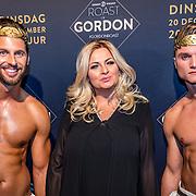 NLD/Amsterdam/20161213 - Inloop gasten The Roast of Gordon, Bobbi Eden en naakte modellen