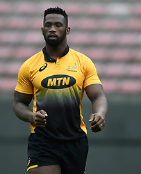 Cape Town-180622 Springbok captain  Siya Kolisi having a practice during the captain's run at Newlands.The team will be facing England in their last test game at Newlines stadium.Photographer:Phando Jikelo/African News Agency/ANA
