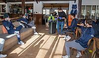 BLOEMENDAAL -  Corona sneltest bij de heren van Bloemendaal , 2 uur voor de oefenwedstrijd tegen Pinoke H1.   COPYRIGHT KOEN SUYK