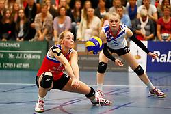 20150425 NED: Eredivisie VC Sneek - Eurosped, Sneek<br />Roos van Wijnen (11) of VC Sneek, Janieke Popma (2) of VC Sneek<br />©2015-FotoHoogendoorn.nl / Pim Waslander