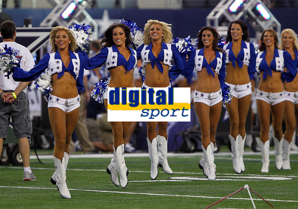 28 August 2014: The Dallas Cowboys Cheerleaders perform during the final NFL American Football Herren USA preseason game between the Dallas Cowboys and the Denver Broncos at AT&T Stadium in Arlington, Texas. Denver beat Dallas 27-3. NFL American Football Herren USA AUG 28 Preseason - Broncos at Cowboys PUBLICATIONxINxGERxSUIxAUTxHUNxRUSxSWExNORxONLY Icon169140828305<br /> <br /> 28 August 2014 The Dallas Cowboys Cheerleaders Perform during The Final NFL American Football men USA Preseason Game between The Dallas Cowboys and The Denver Broncos AT AT Stage in Arlington Texas Denver Beat Dallas 27 3 NFL American Football men USA Aug 28 Preseason Broncos AT Cowboys PUBLICATIONxINxGERxSUIxAUTxHUNxRUSxSWExNORxONLY