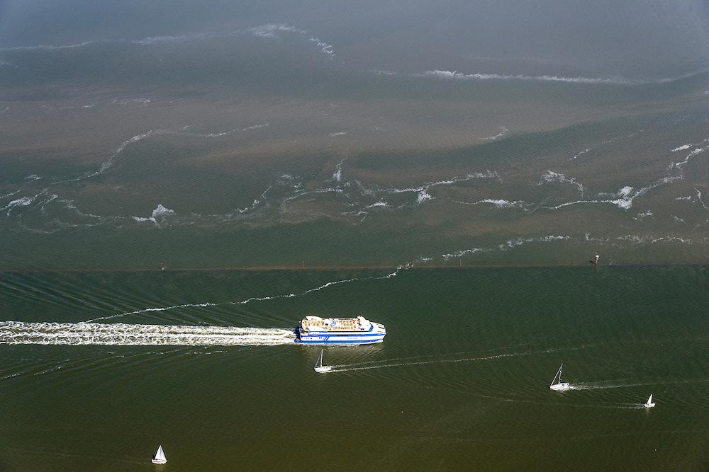 Nederland, Friesland, Waddenzee, 05-08-2014; veerboot Vlieland van het waddeneiland Vlieland onderweg naar Harlingen.\Waddensea, ferry.<br /> luchtfoto (toeslag op standard tarieven);<br /> aerial photo (additional fee required);<br /> copyright foto/photo Siebe Swart
