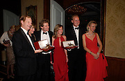 The 2004 Cartier Racing awards, Four Seasons Hotel. London. 17 November 2004. ONE TIME USE ONLY - DO NOT ARCHIVE  © Copyright Photograph by Dafydd Jones 66 Stockwell Park Rd. London SW9 0DA Tel 020 7733 0108 www.dafjones.com