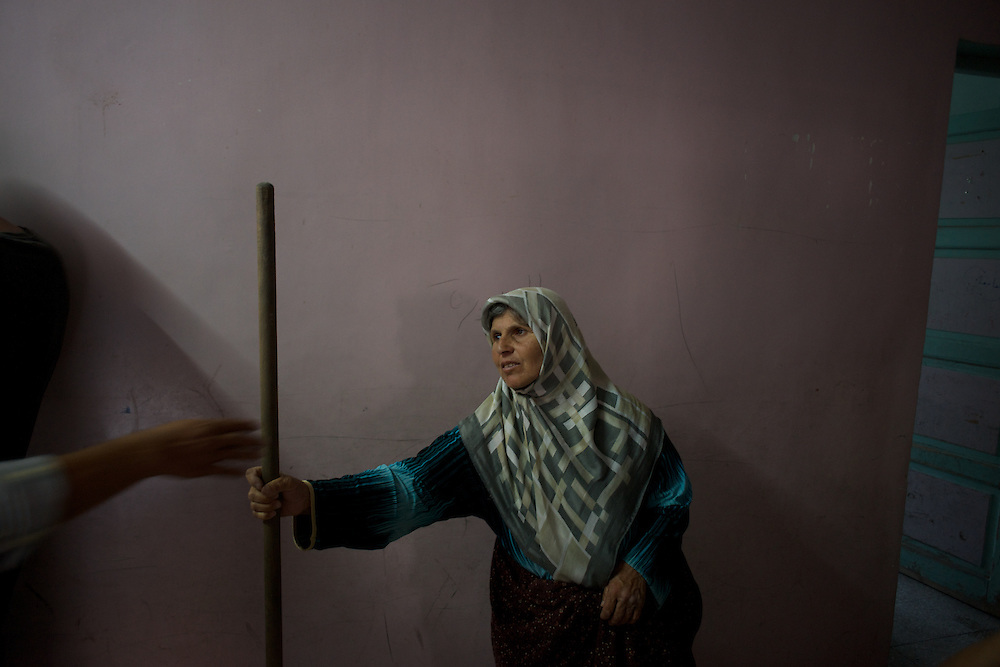 August 11, 2012 - Azaz, Aleppo, Syria: A syrian war refugee at a improvised refugee center in Azaz, where 32 families who fled the combat areas are temporarily living. (Paulo Nunes dos Santos)