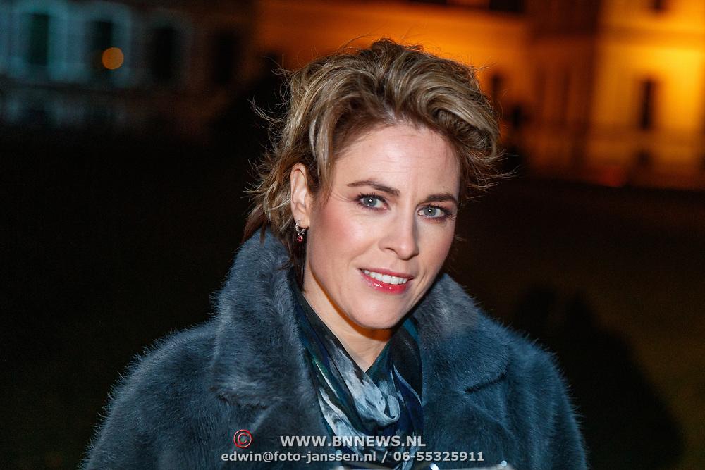 NLD/Soest/20181206 - KWF Kankerbestrijding onthult 3e editie lampionnenactie, Mirella van Markus