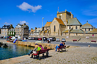 France, Manche (50), Cotentin, Barfleur, labellisé Les Plus Beaux Villages de France, l'eglise Saint-Nicolas // France, Normandy, Manche department, Cotentin, Barfleur, labeled Les Plus Beaux Villages de France, Saint-Nicolas church