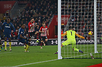 Football - 2018 / 2019 Premier League - Southampton vs. West Ham United<br /> <br /> Southampton's Danny Ings toe pokes an early chance wide at St Mary's Stadium Southampton<br /> <br /> COLORSPORT/SHAUN BOGGUST