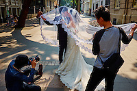 Chine, Guangdong, Guangzhou ou Canton, photo de marage sur l'ile de Shamian // China, Guangdong province, Guangzhou or Canton, wedding picture on Shamian island