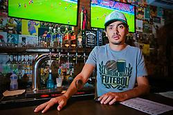 Calinhos Caloghero Sócio-proprietário do Brechó do Futebol. Foto: Marcos Nagelstein/ Agência Preview